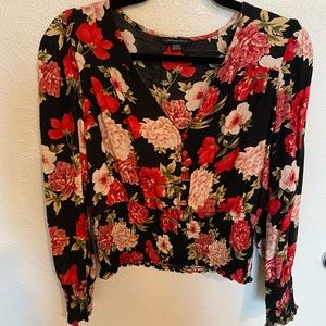 American Eagle floral long sleeve top